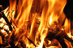 fuego-san-juan-casa-rural-sierra-de-huelva